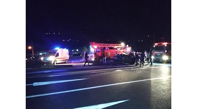 Akyazı'da Feci Kaza! Otobüs otomobile çarptı: 1 ölü, 1 yaralı